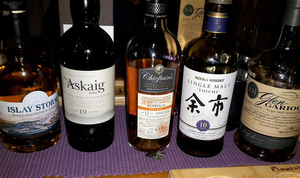 whiskylineup_161007